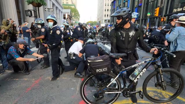 new york police department officers arrest protesters at a pro-trump march on broadway in lower manhattan on october 21, 2020 in new york city. - arrest stock videos & royalty-free footage