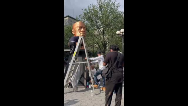 new york police were investigating after a statue honoring george floyd in union square, new york, was defaced with paint on october 3.... - https stock-videos und b-roll-filmmaterial