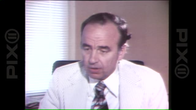 stockvideo's en b-roll-footage met new york post publisher rupert murdoch comments on new york city blackout 1977 on july 14 1977 in new york city - 1977