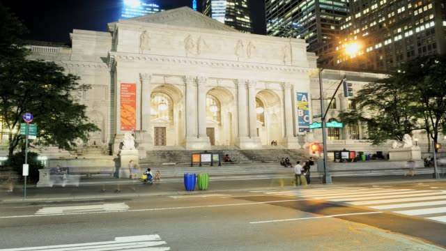 new york public library 5 avenue midtown manhattan new york city usa time lapse new york public library new york city on august 20 2013 in new york... - 2013 stock-videos und b-roll-filmmaterial
