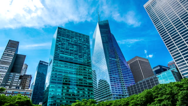 new york skyscrapers - office block exterior stock videos & royalty-free footage