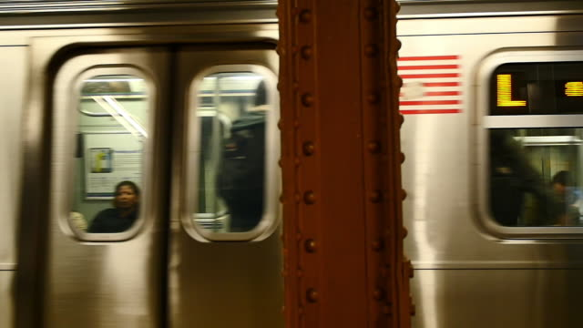 new york slowmotion subway - new york city subway stock videos & royalty-free footage