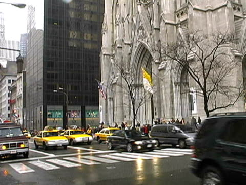 new york: st patrick's cathedral, upper midtown manhattan - yellow taxi stock videos and b-roll footage