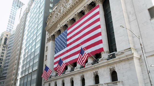 new york stock exchange – american flag - hanging stock videos & royalty-free footage