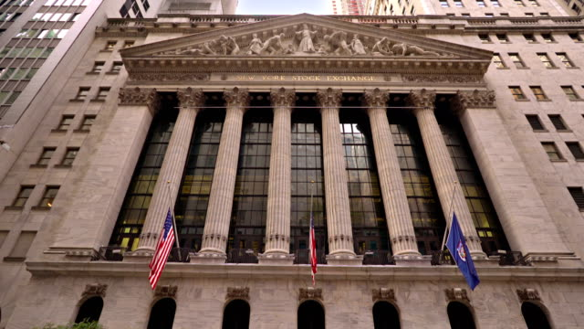 vídeos de stock, filmes e b-roll de new york stock exchange - wall street