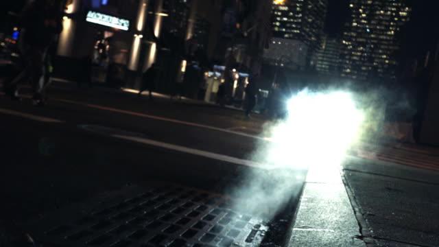 new york streets - sidewalk gutter stock videos & royalty-free footage