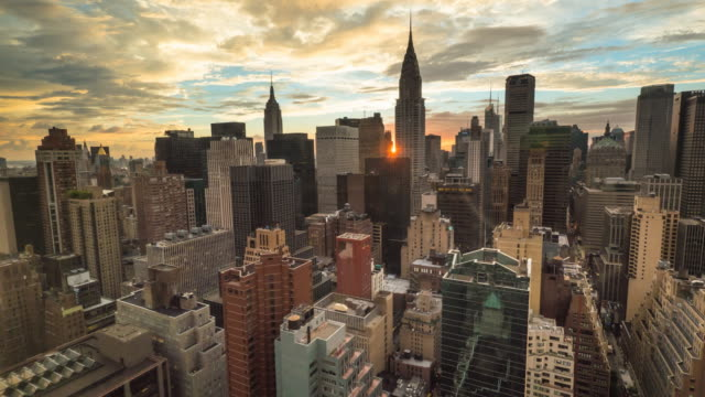 vídeos de stock, filmes e b-roll de new york sunset time lapse. - time lapse do dia para a noite