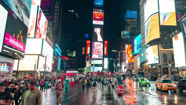 new york times square time lapse panorama - proiezione evento pubblicitario video stock e b–roll