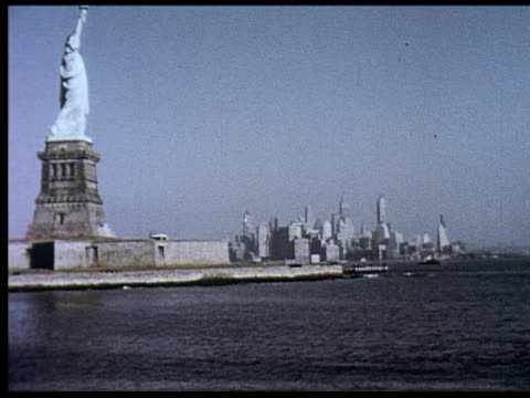 vídeos de stock e filmes b-roll de 1956 new york travelogue - 1 of 12 - 1956