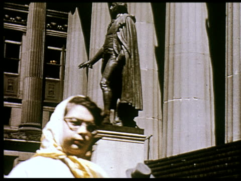 stockvideo's en b-roll-footage met 1956 new york travelogue - 2 of 12 - 1956