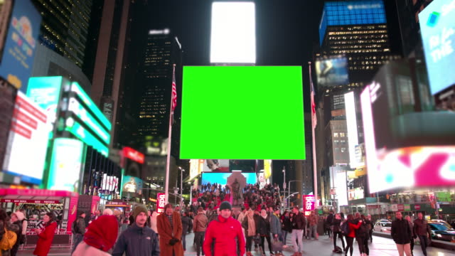 new york winter time square people crowd green screen chromakey - tabellone video stock e b–roll