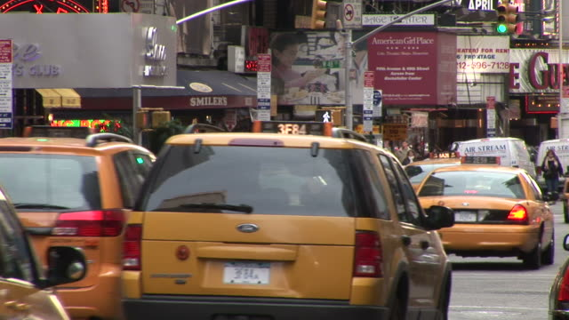 new yorkview of city street in new york united states - yellow taxi video stock e b–roll