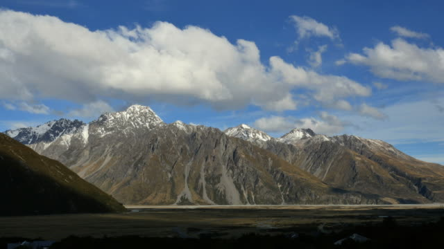 new zealand mt cook national park clouds time lapse - new zealand southern alps stock videos & royalty-free footage