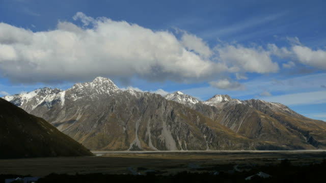 new zealand mt cook national park time lapse - new zealand southern alps stock videos & royalty-free footage