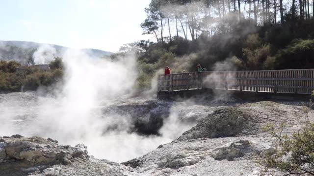 new zealand, rotorua, wai-o-tapu thermal wonderland - mineral stock videos & royalty-free footage
