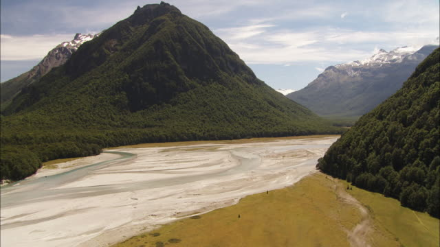 New Zealand; Southern Alps; Dart River