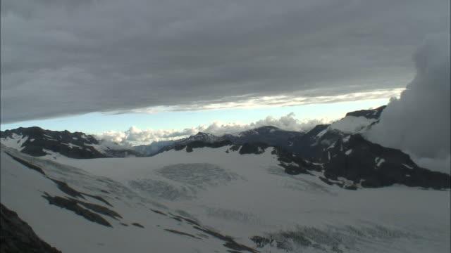 vidéos et rushes de new zealand; southern alps. - mont aspiring