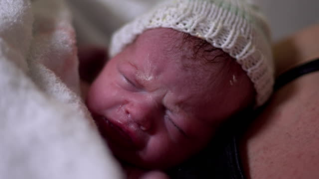 4K: Newborn Baby in Hospital Maternity Delivery room