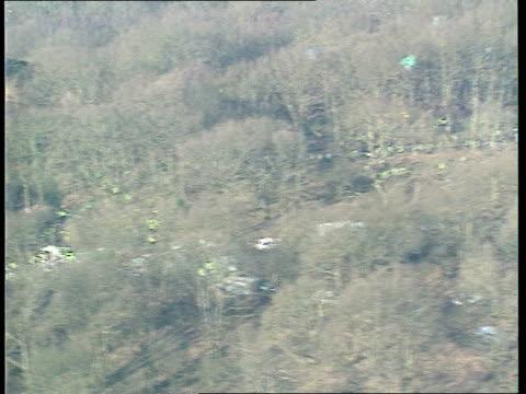 newbury bailiff injured; itn england: berks: newbury woods air v security men & cherry picker on site amongst trees track lams tree falling &... - newbury england stock videos & royalty-free footage