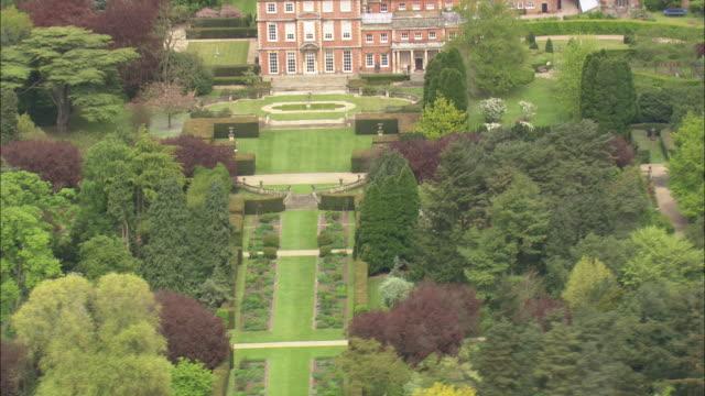 newby hall garden - stile del xviii secolo video stock e b–roll