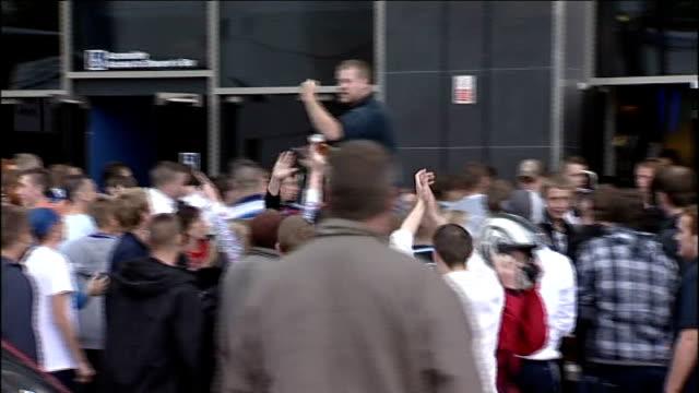 rumours of kevin keegan resignation newcastleupontyne st james' park fans cheering reporter to camera - st. james' park newcastle upon tyne stock videos & royalty-free footage
