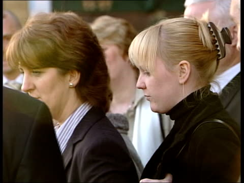 newcastleupontyne ext family of murdered policeman ian broadhurst along from court with kate jackson pan jackson along with female relative as... - pc ian broadhurst stock videos & royalty-free footage