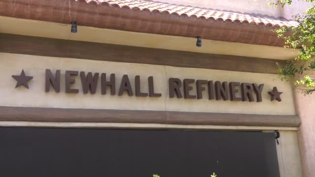 newhall refinery closed due to restrictive coronavirus measures on march 26 2020 in santa clarita california - santa clarita stock videos & royalty-free footage