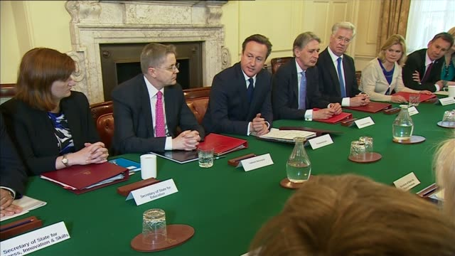 newly elected conservative cabinet meets; cameron chairing first cabinet meeting for newly elected conservative government newly appointed cabinet... - 男爵夫人点の映像素材/bロール