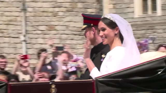newlyweds prince harry and meghan markle make their way through windsor in their carriage - carriage stock videos & royalty-free footage