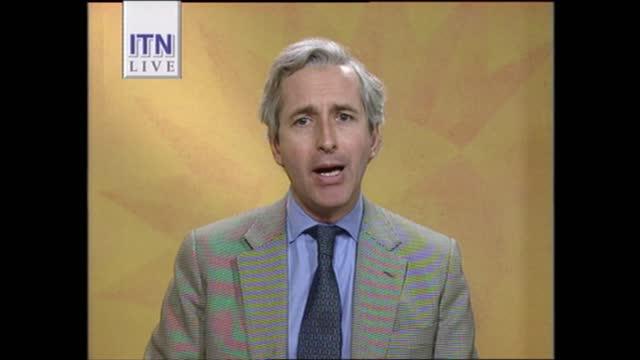 news at one pab; england: london: gir: int live studio carol barnes to camera sot buckingham palace: live nicholas owen 2-way gir: int live studio... - itv news at one stock videos & royalty-free footage