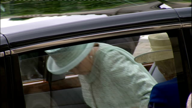 international clean feed 1130 1230 ext queen elizabeth out of st paul's as waving to cheering crowds/ queen elizabeth into car and away/ prince... - lady louise windsor stock videos and b-roll footage