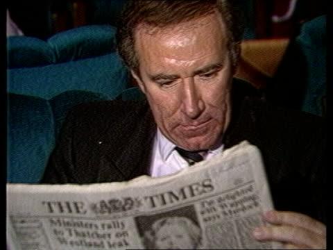 "news international dispute: day 4; england: london: itn studio: int cms brenda dean, sogat '82, gen-sec, int interview sof: - ""well, without us --... - andrew neil bildbanksvideor och videomaterial från bakom kulisserna"