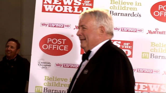 stockvideo's en b-roll-footage met news of the world children's champions awards 2011: celebrity arrivals and interviews; gvs of vanessa feltz and partner gvs of christopher biggins... - vanessa feltz