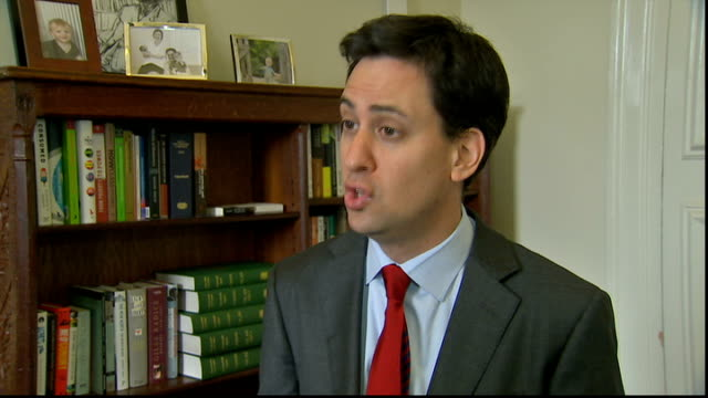 news of the world hacking scandal: ed miliband interview sot; q: brown accused news international of having links with underworld ed miliband sot re:... - links platz stock-videos und b-roll-filmmaterial