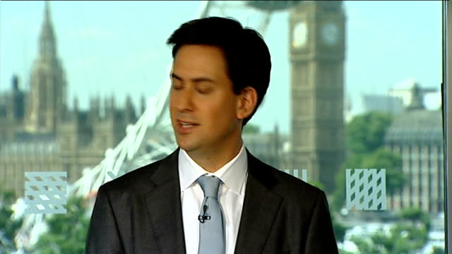 further allegations emerge london int ed miliband mp press conference sot i won't rest until we ensure that this deal cannot go ahead until after... - エド ミリバンド点の映像素材/bロール