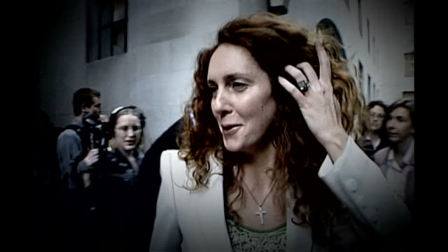news of the world phone hacking scandal: crimewatch presenter may have been under surveillance; r15060522 st brides church: rebekah brooks arriving - 不祥事点の映像素材/bロール