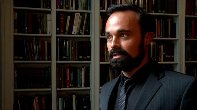 max mosley ruby wax and evgeny lebedev interviews evgeny lebedev interview sot on claims that milly dowler's phone may have been hacked by the news... - 盗聴点の映像素材/bロール