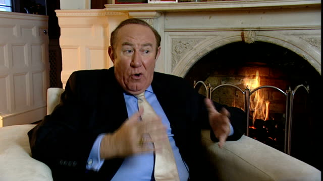 vídeos de stock, filmes e b-roll de new claims that hacking continues andrew neil interview sot nobody can stop him / he regards it as his company and it is a scary frightening sight - andrew neil