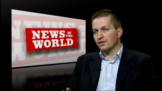 news of the world paper to close degroote interview sot - ニュースオブザワールド紙点の映像素材/bロール