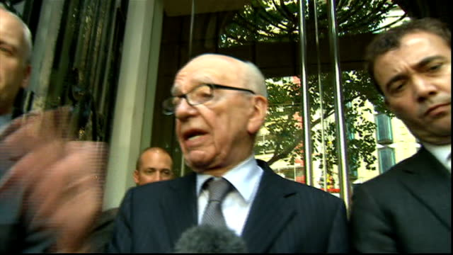rebekah brooks resigns / rupert murdoch meets with dowler family ****flash london ext rupert murdoch speaking to press sot as the founder of the... - レベッカ ブルックス点の映像素材/bロール