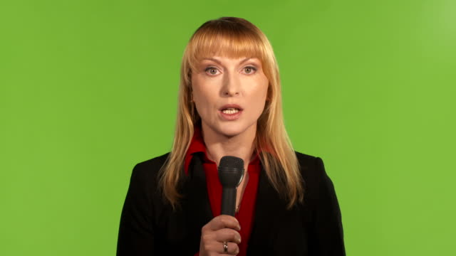 vídeos y material grabado en eventos de stock de hd: news reporter en la escena - ruso europeo oriental