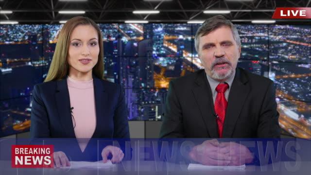 vídeos de stock, filmes e b-roll de apresentadores, apresentando as notícias - ocupação na mídia