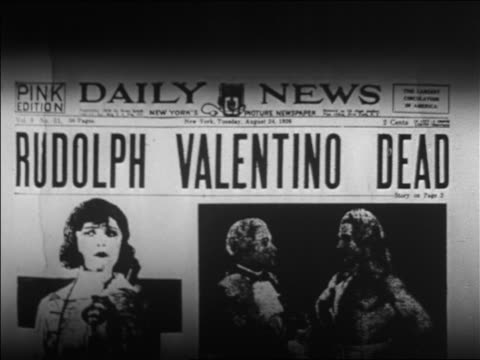 rudolph valentino dead / newsreel - 英字点の映像素材/bロール