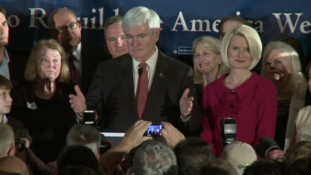 stockvideo's en b-roll-footage met newt gingrich accuses president obama of being radical then says its time to move forward to florida newt gingrich victory speech at hilton hotel... - presidentskandidaat