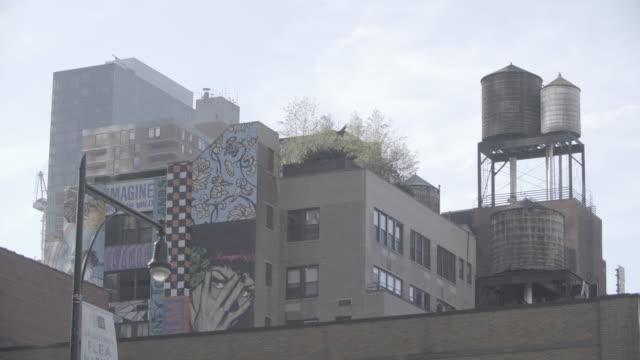 newyork_4k_manhatten_water_container_open