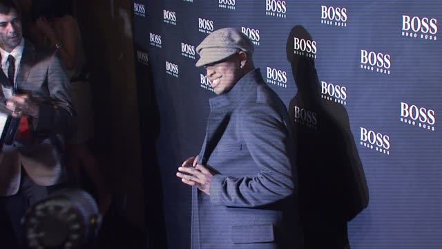 ne-yo at the hugo boss hosts boss black fashion show at cunard building in new york, new york on october 17, 2007. - hugo boss stock-videos und b-roll-filmmaterial