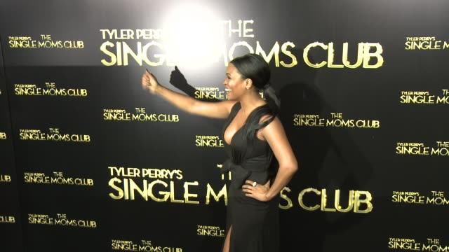 nia long at tyler perry's the single moms club los angeles premiere at arclight cinemas cinerama dome on march 10 2014 in hollywood california - nia long stock videos and b-roll footage