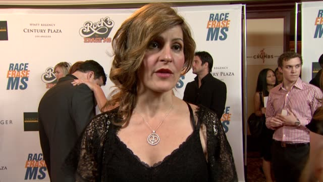 nia vardalos on being a part of the night what she's most looking forward to at the 16th annual race to erase ms themed 'rock to erase ms' at los... - nia vardalos stock videos and b-roll footage