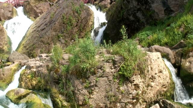 vidéos et rushes de niagara 7-30 s : hd :  sd 60i avec son - rivière niagara
