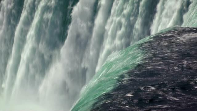 vídeos de stock e filmes b-roll de cataratas do niágara - niagara falls city estado de nova iorque